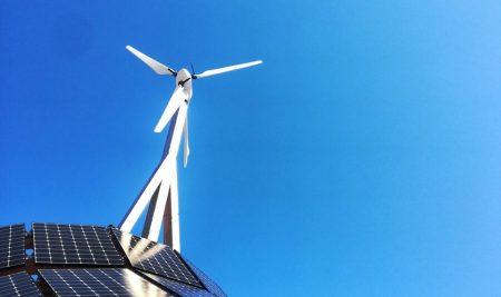 Javni razpis za sofinanciranje operacij gradnje novih manjših proizvodnih naprav za proizvodnjo električne energije z izrabo sončne energije (JR SE OVE 2021)